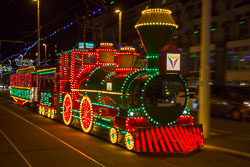 Blackpool,_Tram,_Illuminations-022.jpg