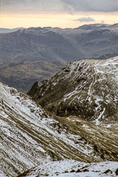 Ulscarf,_Fairfield_with_Tarn_Crag_and_Deepdale_Hause,_1.jpg