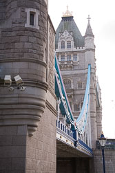 Tower_Bridge_-004.jpg