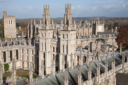 All_Souls'_College,_Oxford_-014.jpg