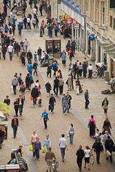 Cornmarket_Street,_Oxford_-002.jpg