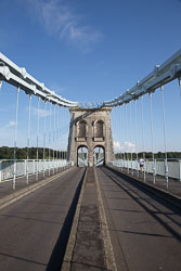 Menai-Suspension-Bridge-005.jpg