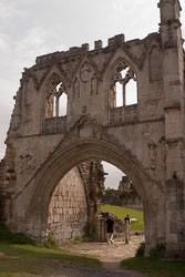 Kirkham_Priory-002.jpg