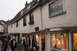 Oldest_Houses_In_England,_York_-001.jpg
